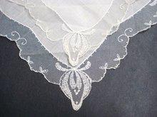 VINTAGE WEDDING HANKY  BRIDES FINEST  LACE HANDKERCHIEF
