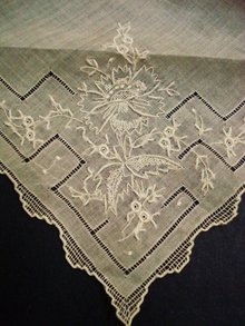 Vintage Embroidered Hanky Handkerchief