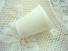 collectible VINTAGE CELLULOID THIMBLE - White