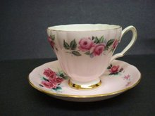 Lovely Colclough Pedestal Teacup Set Cup & Saucer