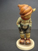 Wonderful HUMMEL/GOEBEL Figurine MARCH WINDS