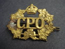 WW2 CANADA POST OFFICE CAP BADGE