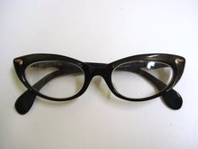 FANTASTIC CATS EYE STYLE EYEGLASSES