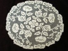 Gorgeous Antique Floral Filet Lace