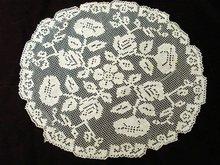 Antique Filet Lace Oval