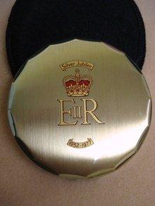 1952-1977 Powder Compact Silver Jubilee E II R