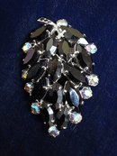 Jewelled Leaf Brooch