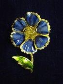 Blue Flower Brooch Beautiful Enamel Blue/Gold