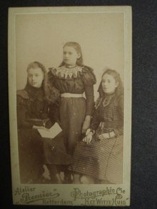 Victorian Cabinet Photo 3 Young Girls