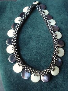 Mother of Pearl Necklace Chocker