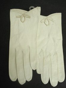 Ladies Leather Gloves Antique