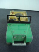 341 Dinky Toys Land Rover Driver and Trailer
