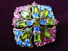 Stunning Beauty Brooch Unique style