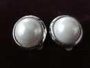 Marvelous Vintage Earrings Silver Tone Frame with  Pearl
