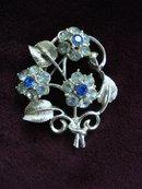 Rhinestone Floral Brooch Silver Tone