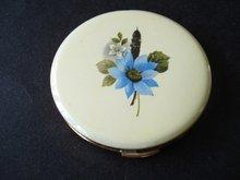 Powder Compact Blue Flower