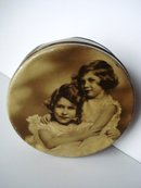 Tin Box Royal Children Round Tin