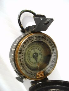 1943 MK III Military Compass