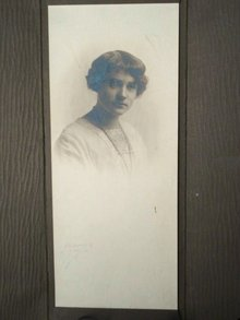 Antique Photo in Folder 1920's Young Lady