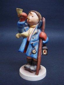 Hummel Figurine Hear Ye Hear Ye 15/0