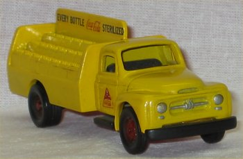 Coca Cola Miniature 1954 Int'l Die Cast Truck