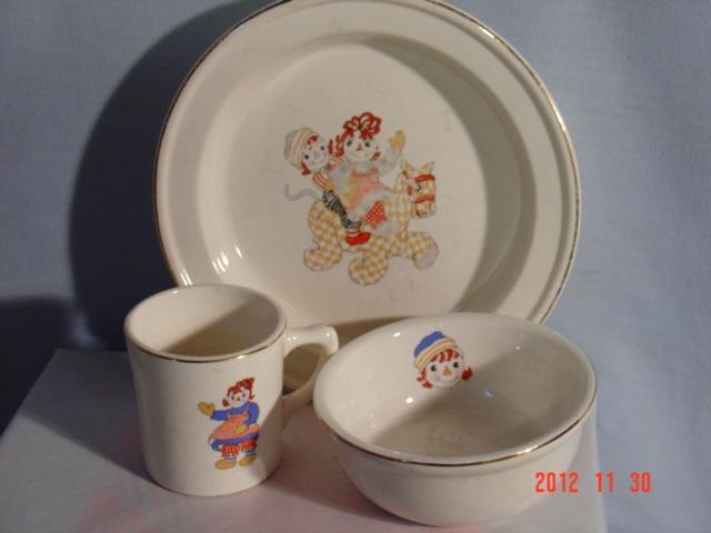 Raggedy Ann Large Bowl, Crooksville Pottery