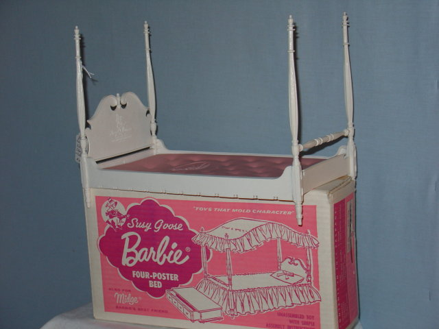 Barbie, Susy  Goose Bed, Original Box, 4-Poster