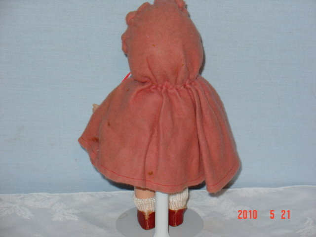 Vogue Toddles Little Red Riding Hood Composition