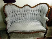 Love Seat Diamond Tufted  Back Wood  Gray Blue