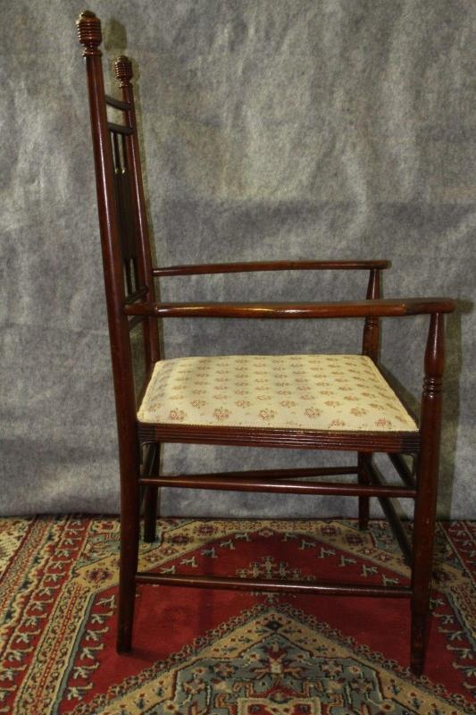 English Paddle Back Chairs Two Master and  Six Side Chairs