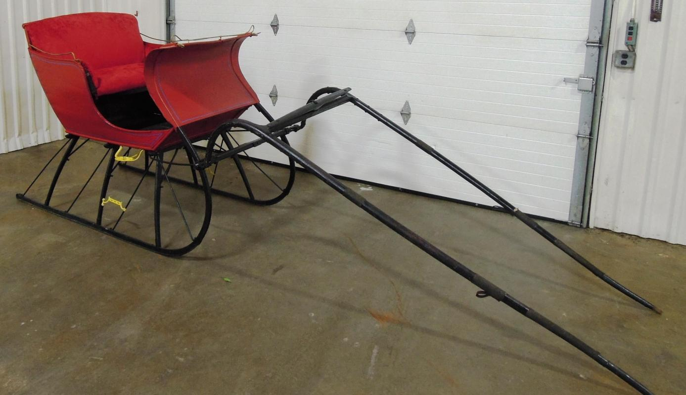 Porland Cutter Sleigh Red  Black with Shaves