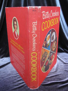 Betty Crocker's  Cookbook Pie Cover Copyright 1969 29th Printing
