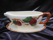 Franciscan Apple Gravy Boat Gravyboat With    Attached Underplate