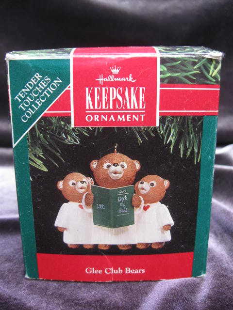 Hallmark 1991 Glee Club Bears Christmas Tree Ornament