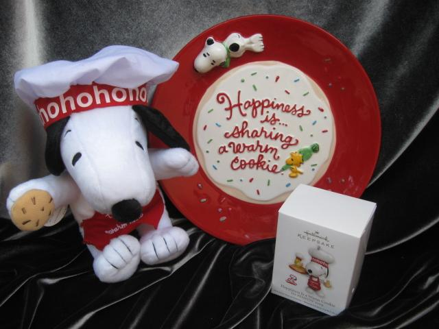 Lot 3 Hallmark 2011 Happiness Is A Warm Cookie Ornament, Snoopy Plush & Plate