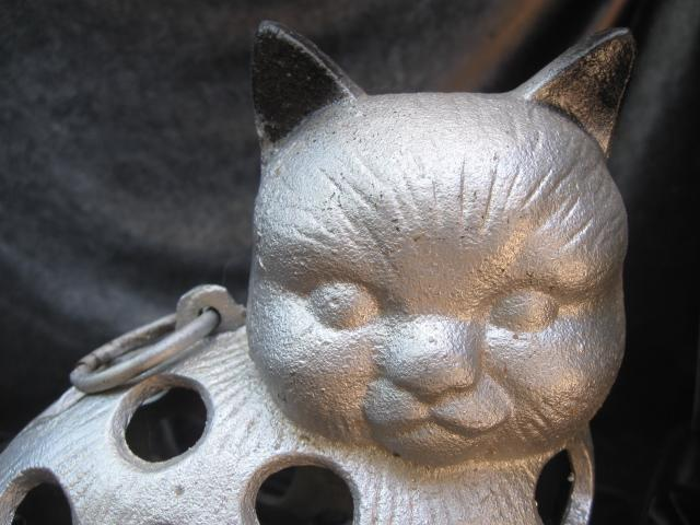 Cast Iron Silver & Black Cat Hanging Candle Holder Garden Figurine Doorstop