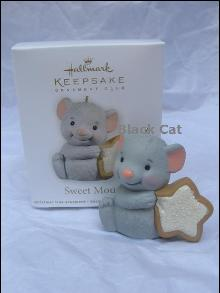 Hallmark 2012 Sweet Mouse KOC Exclusive Christmas Tree Ornament