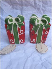 New Red & Green Christmas Present Salt & Pepper Shakers