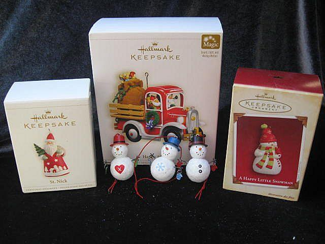 Lot of 6 Hallmark Ornaments - Hallmark 2006 Happy Haulers + 5 more