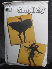 Simplicity 8330  Boy Or Girl Spider or Bat Halloween Costume Sewing Pattern