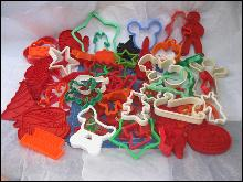 Large Lot Of 58 Vintage To New Christmas, Easter, Halloween Cookie Cutters & More