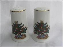 Vintage Christmas Tree Salt & Pepper Shakers