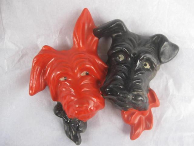 Pair Of Vintage Black & Orange Scottie Dogs Wall Hanger Figurine