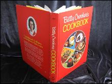 Betty Crocker's Cookbook Pie Cover Copyright 1969 12th Printing
