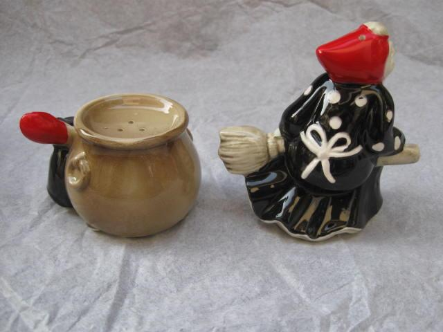 Fitz & Floyd Halloween Witch & Black Cat  Cauldron Salt & Pepper Shakers