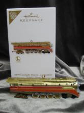 Hallmark 2012 Lionel 4449 Daylight Steam Locomotive Special  Limited Quantity Edition Christmas Tree Ornament