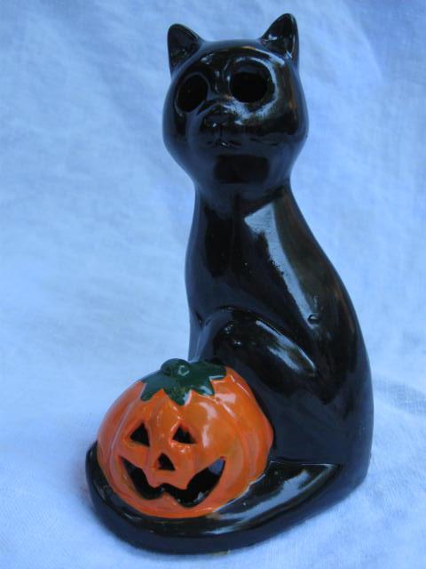 Vintage Kmart Ceramic Halloween Black Cat With Jack O Lantern Tea Light Candle Holder.