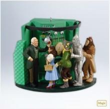 Hallmark 2012 The Man Behind The Curtain Magic Light & Sound Wizard Of Oz WOZ Ornament