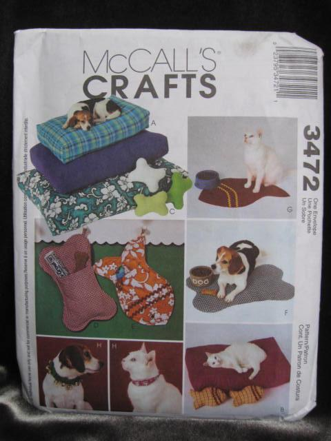 McCall's Crafts 3472 Dog Bed, Mat, Collar & Pillows & Gift Bags Sewing Pattern