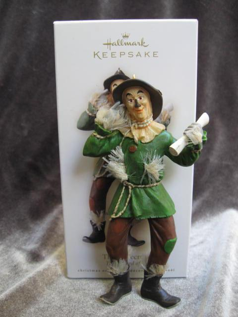 Hallmark 2008 The Scarecrow Wizard Of Oz Christmas Tree Ornaments